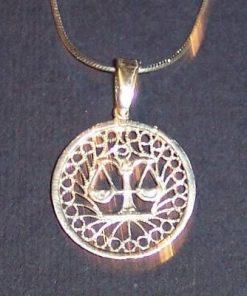 Pandantiv din argint pe lant din argint - Balanta