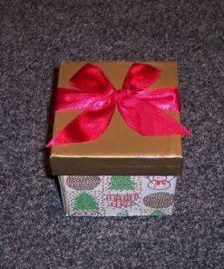 Cutie din carton