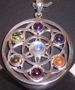 Mandala argintata cu cristalele celor 7 chakre - deosebit !