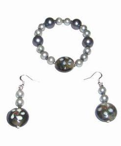 Bratara pe elastic si cercei cu perle