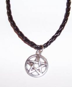 Pandantiv cu pentagrama din metal nobil