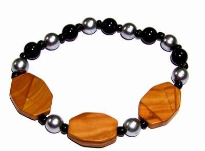 Bratara cu  Bagua din jasp si perle, pe elastic