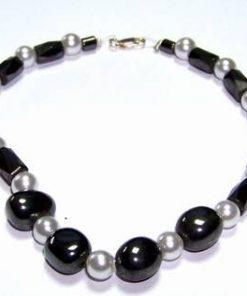 Bratara din hematit si perle cu inchizatoare din argint