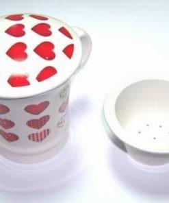 Cana de ceai cu sita si capac - cu inimioare