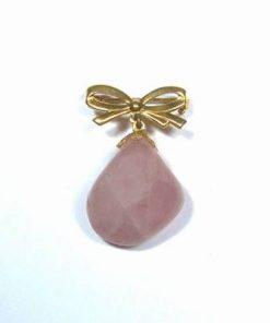 Brosa din cuart roz cu funda placata cu aur