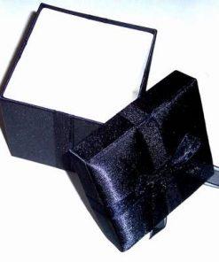 Cutiuta cadou de culoare bleumarin inchis - unicata!