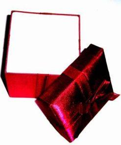 Cutiuta cadou de culoare rosie - unicata!