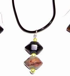 Set fantezie din cristal de aragonit si perle pe argint
