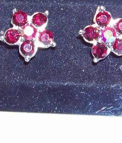 Cercei in forma de floare cu cristale tip granat