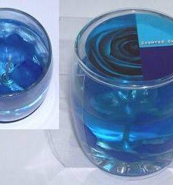 Lumanare cu gel transparent si trandafir albastru