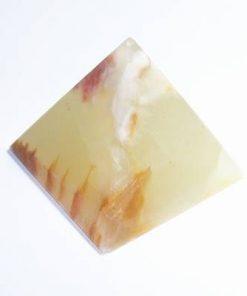 Piramida din cristal de onix