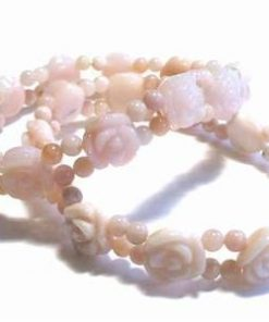 Bratara din opal roz, sub forma de trandafiri, pe elastic