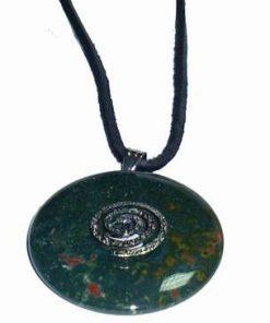 Pandantiv din piatra sangelui cu Simbol de Noroc argintiu