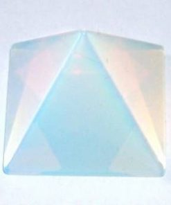 Piramida din opal - model deosebit!