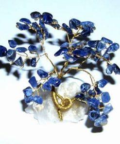 Copac cu cristale de sodalit pe suport din cristal