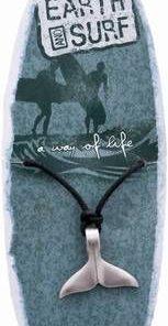Amuleta Maori din metal, pe siret reglabil
