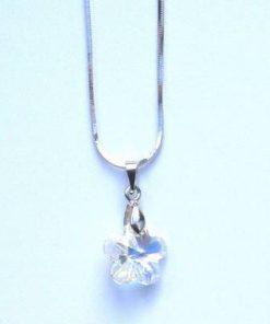 Pandantiv din cristal de Swarovski in forma de floare alba