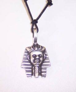 Faraonul - Amuleta egipteana