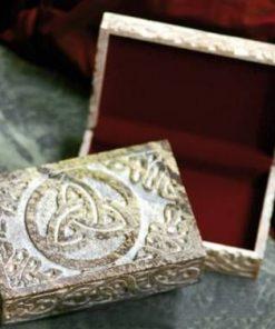 Cutie din aragonit cu cele 3 tipuri de noroc